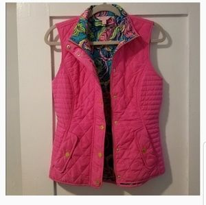 Lilly pulitzer quilted vest with inside design